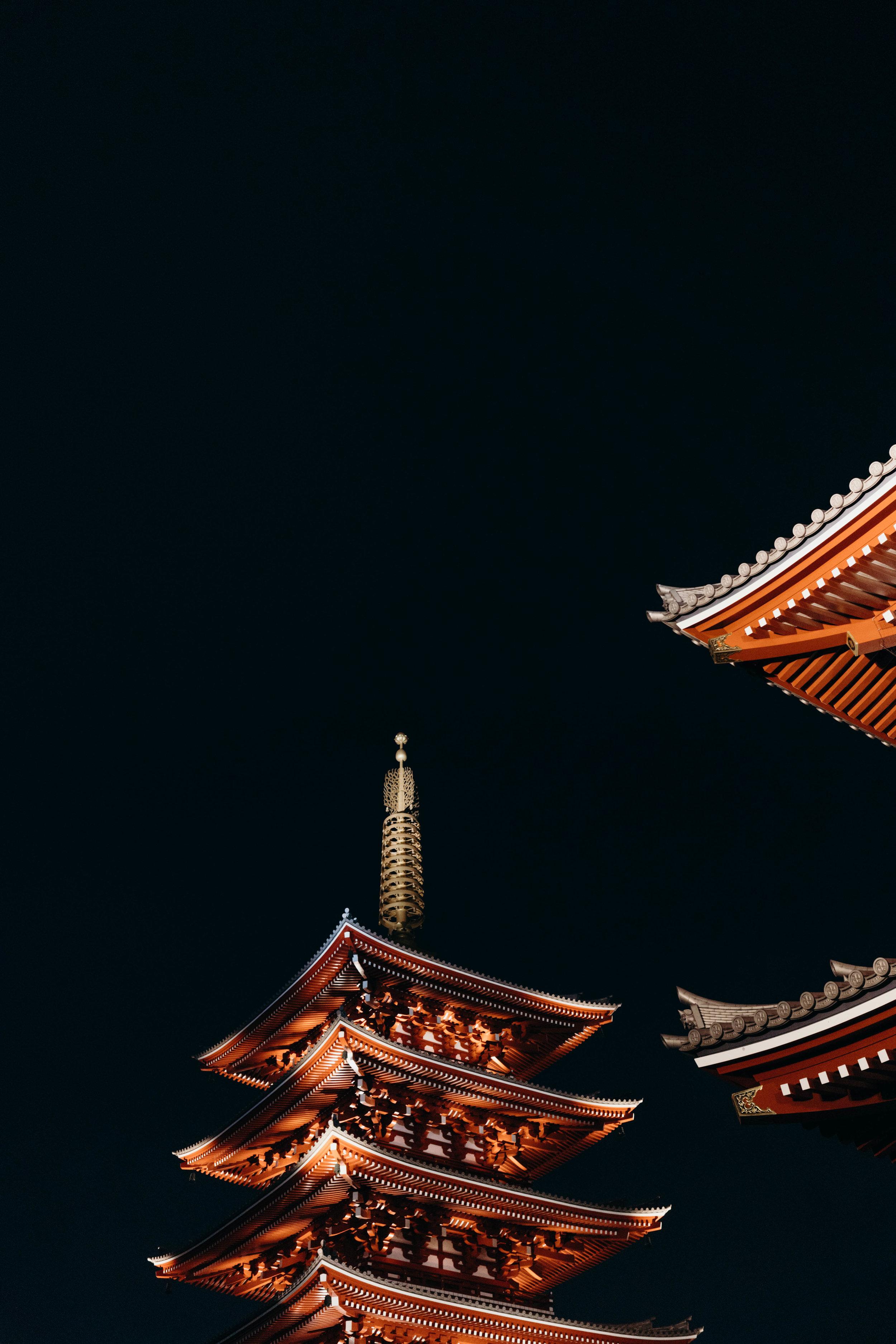 A Three-Day Girls' Trip to Tokyo | On the Street Where We Live ( aretherelilactrees.com )  Senso-ji, temple, Asakusa, Tokyo, Japan