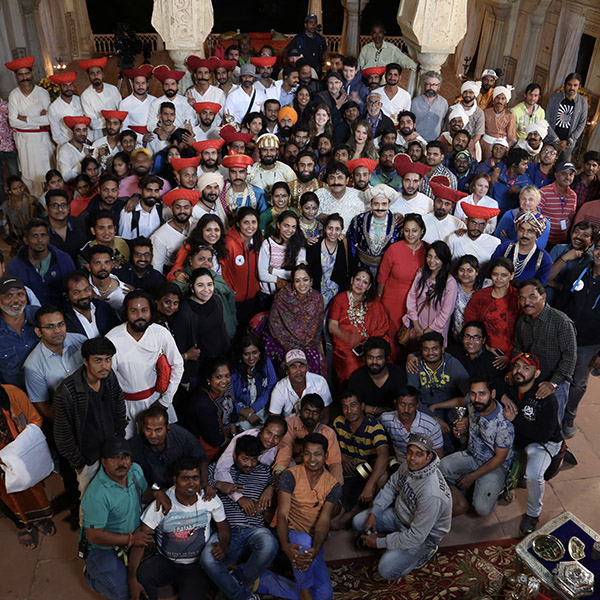 Cast & Crew -