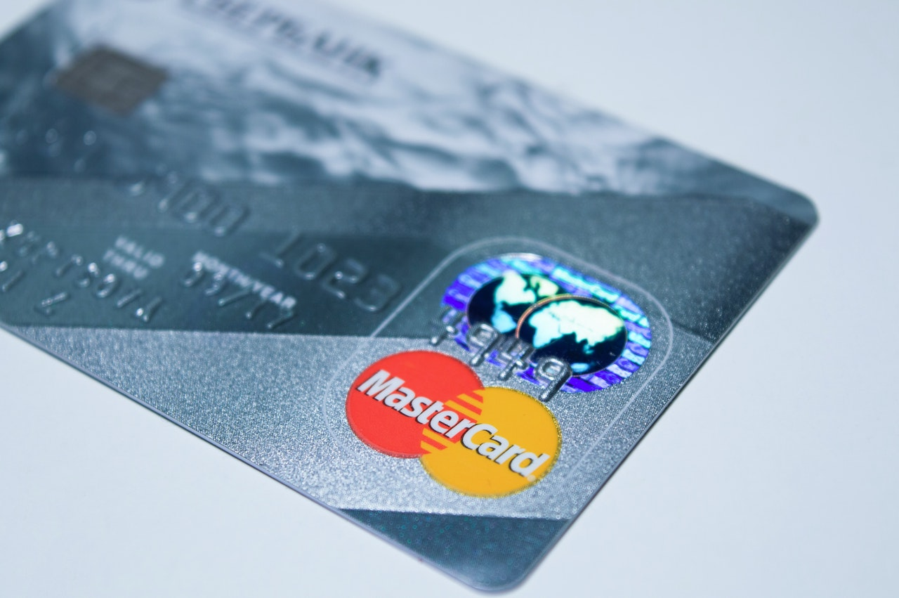 Credit Card Validation - Validate realtime at the point of data entry that the entered credit card number is valid.