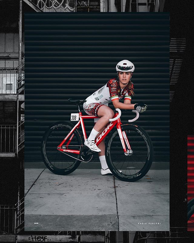 Watch as ambassador @paoladolly takes on 🇰🇷 and the @kingoftrack fixed gear crit! With a stellar performance at the Mission Crit in April, this will be a race to 👀 Live stream the event through the link in bio. In bocca al lupo, Paola! . #giordanacycling #madeinitaly . 📷 @slumworm . #giordana #cycling #kingoftrack #kot14 #critracing #southkorea #womenscycling #fixedgear #fixie #cyclingkit #racing #cyclingphotos #cyclingstyle #cyclinglife