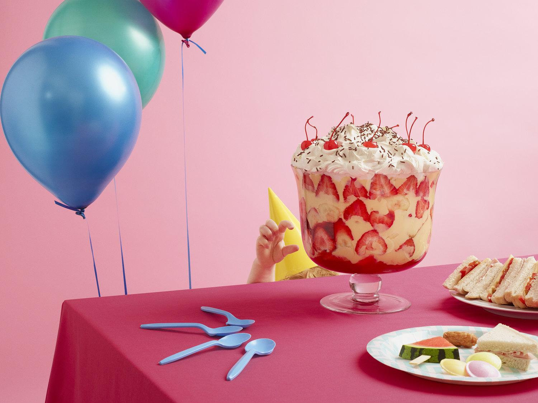 VL886_BirthdayParty_trifle_before.jpg