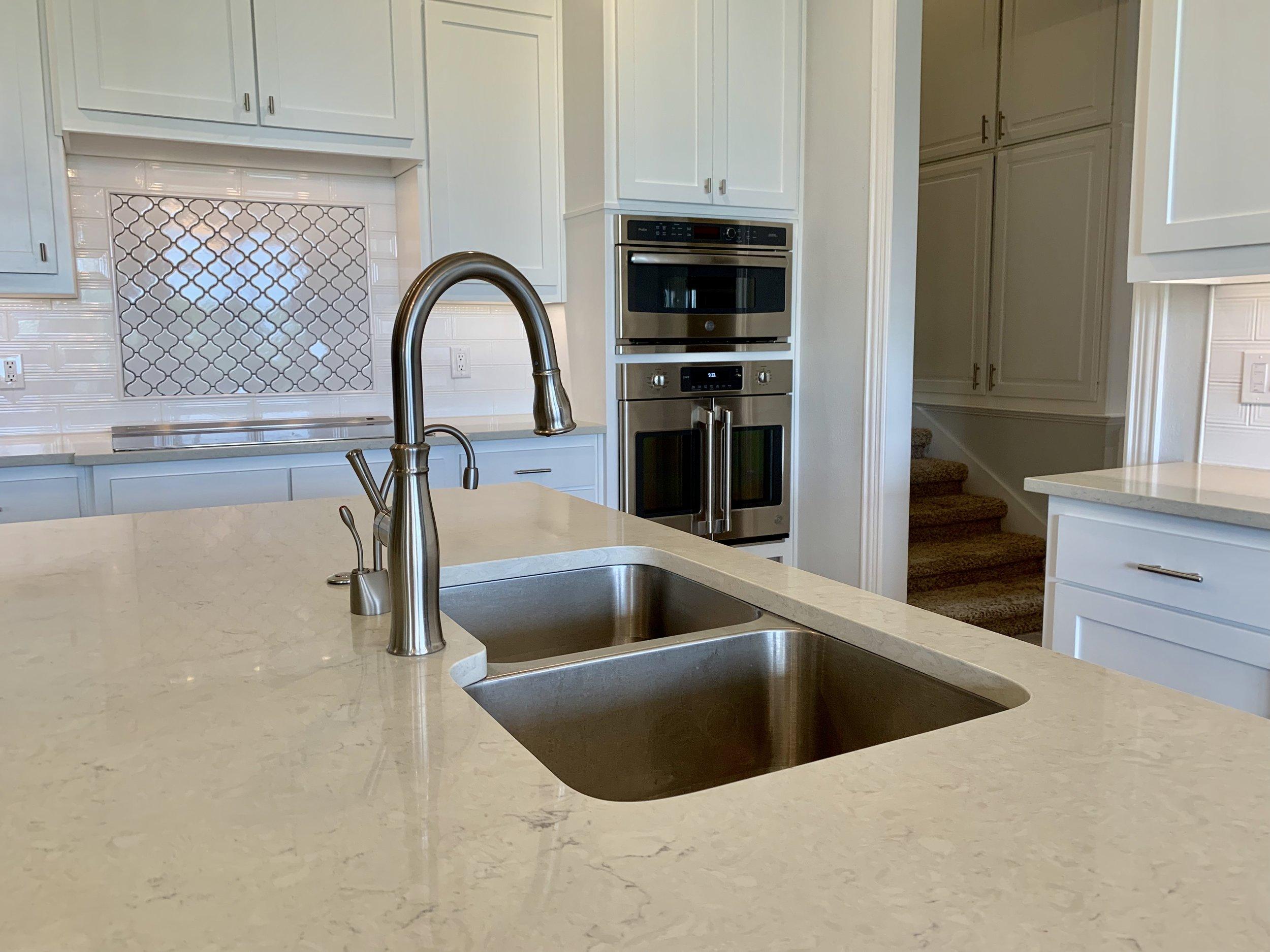 Sink & Backsplash