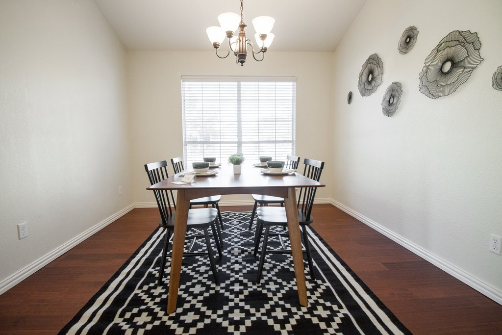 Love-Ding-Blog-Project-Update-McLoud-Home-Staging-Dining-Room-Kirby-Betancourt-Photography.jpg