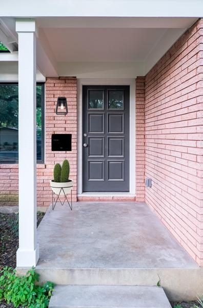 Love_Ding-Blog_Home-Renovation_Project-Renovateding_Hello_Mr_Postman_Best_Mailbox_Option_4.jpg