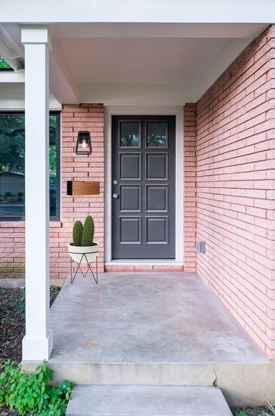 Love_Ding-Blog_Home-Renovation_Project-Renovateding_Hello_Mr_Postman_Best_Mailbox_Option_5.jpg