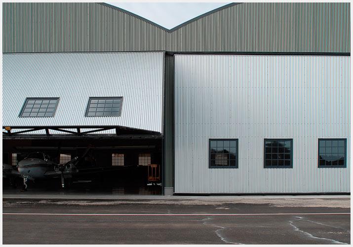 hangar05.jpg