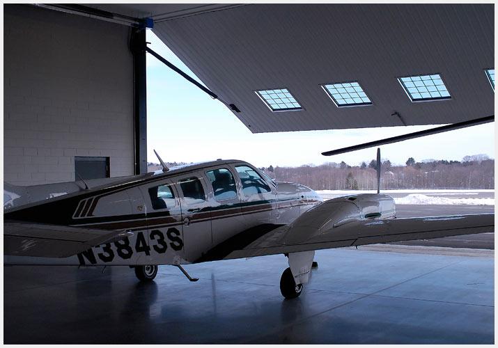 hangar06.jpg