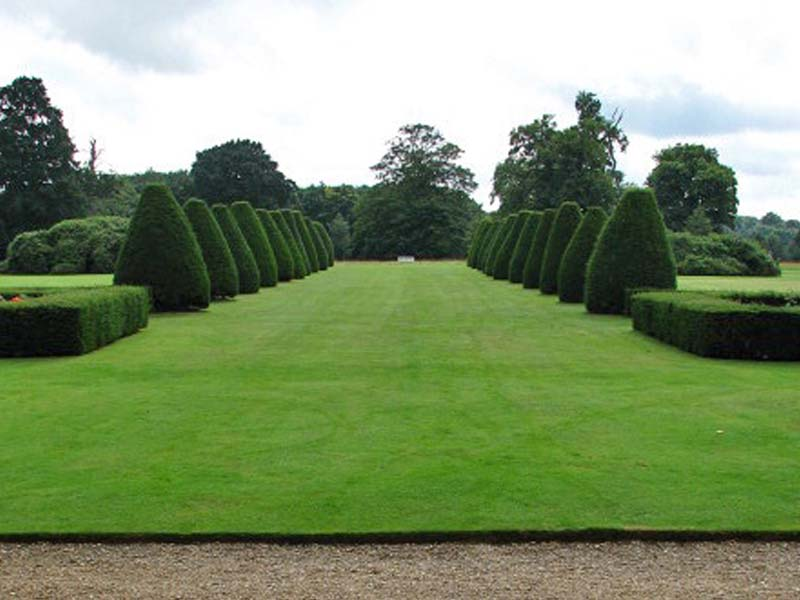 Lawn as a status symbol.  Image Source: ©  Evelyn Simak  /  View across the south lawn  /  CC BY-SA 2.0