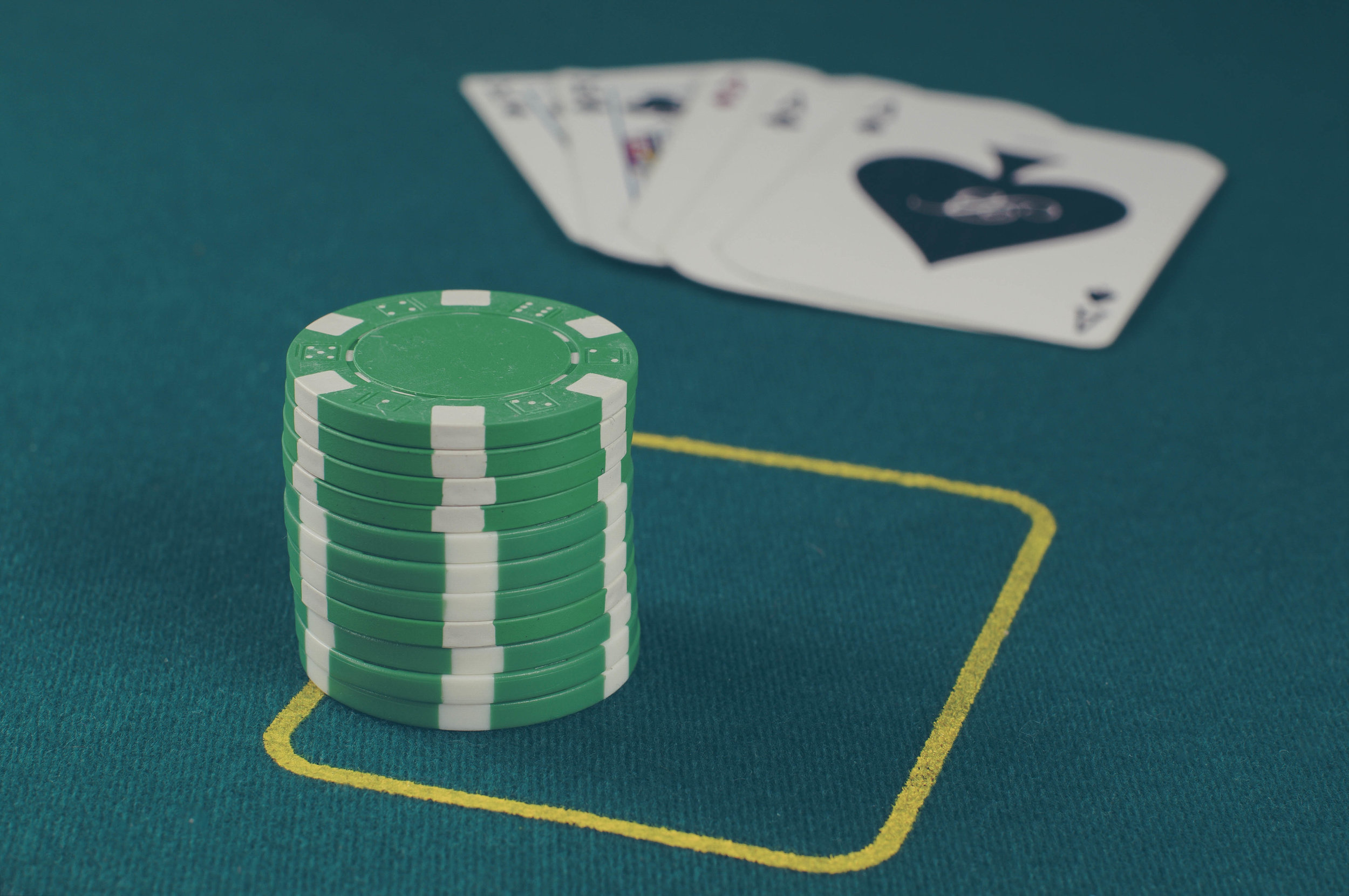 Spanish 21 - A popular variant of Blackjack, Spanish 21 is often favored by players due to having better odds for the player than its' more famous cousin.