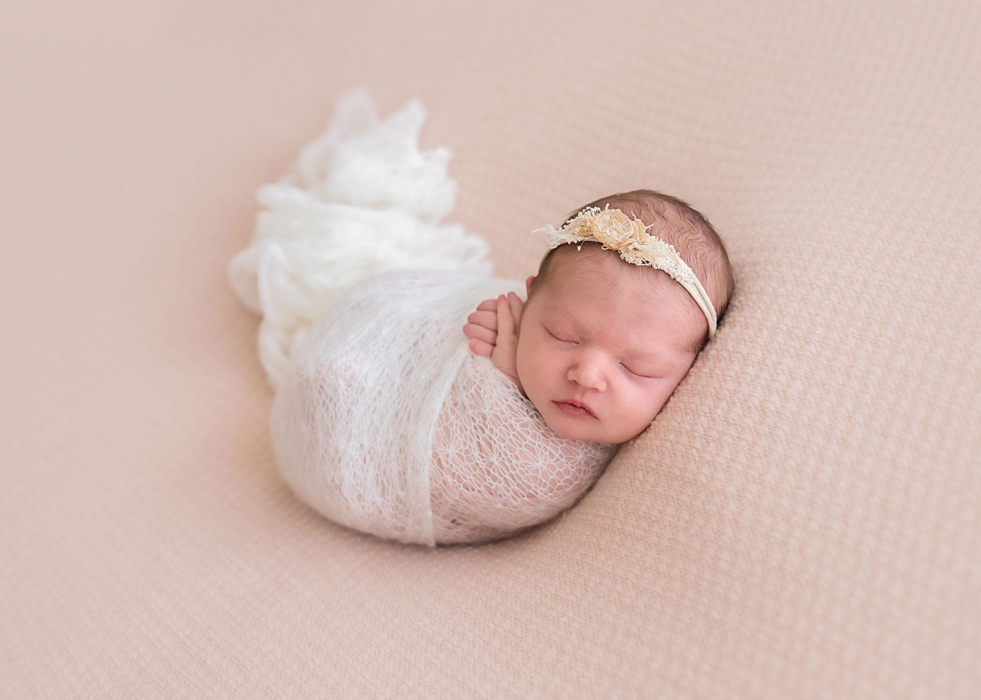 newborn-photography-tory-d-melbourne11.jpg