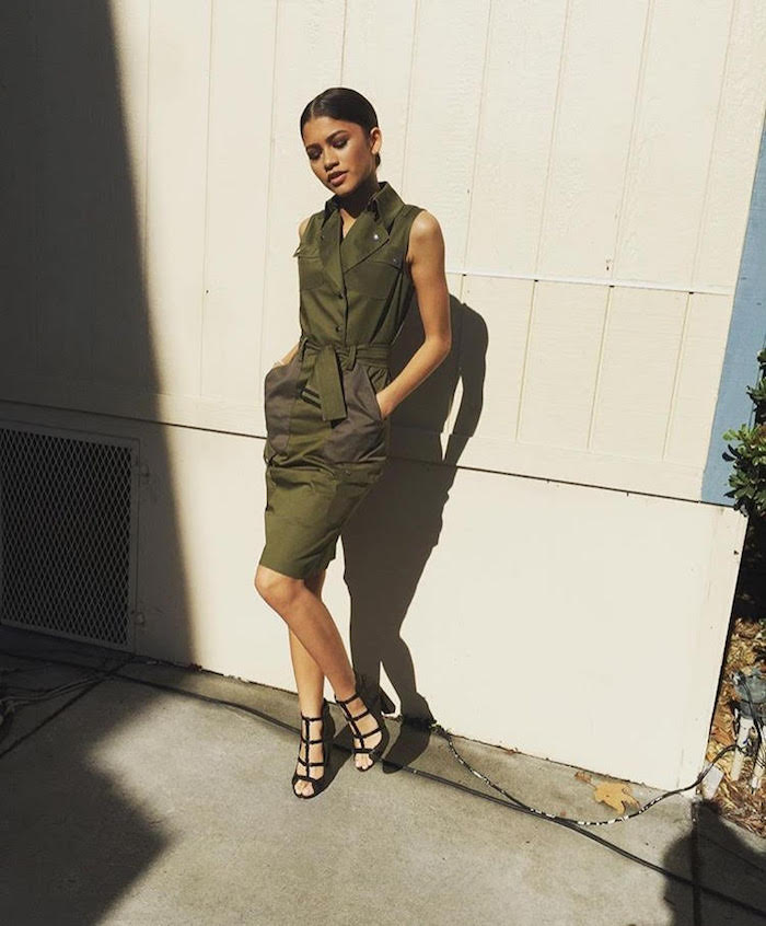 Newest-Covergirl-Zendaya-beamed-in-an-olive-belted-sleeveless-dress-and-Sole-Of-Daya-shoes..jpg
