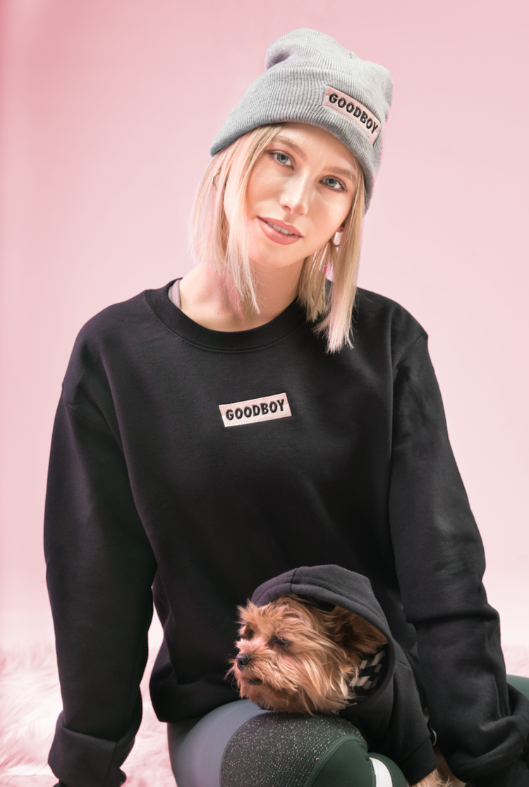 CREW LOVE - No hood? No problem! Keep it simple, relaxed and casual in our brand new OG Crew neck sweatshirt! Finish off the look with our OG Toque in grey!