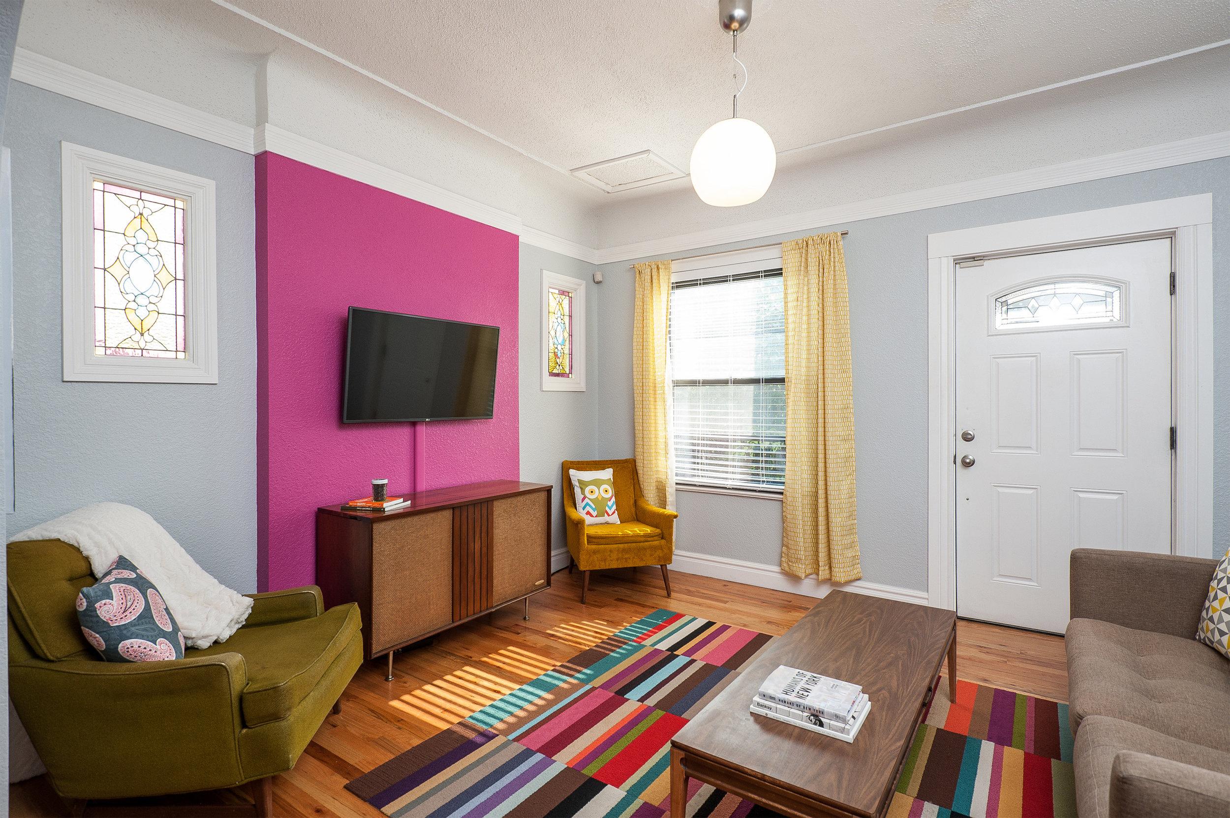 03.Livingroom01 (1).jpg