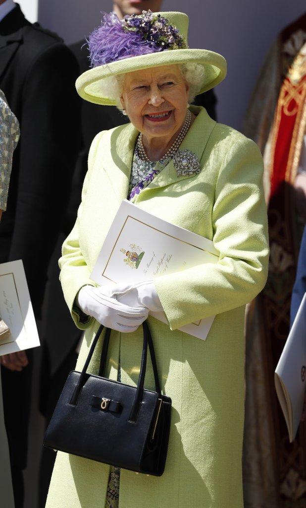 Queen-Elizabeth-Dress-Royal-Wedding-2018.jpg