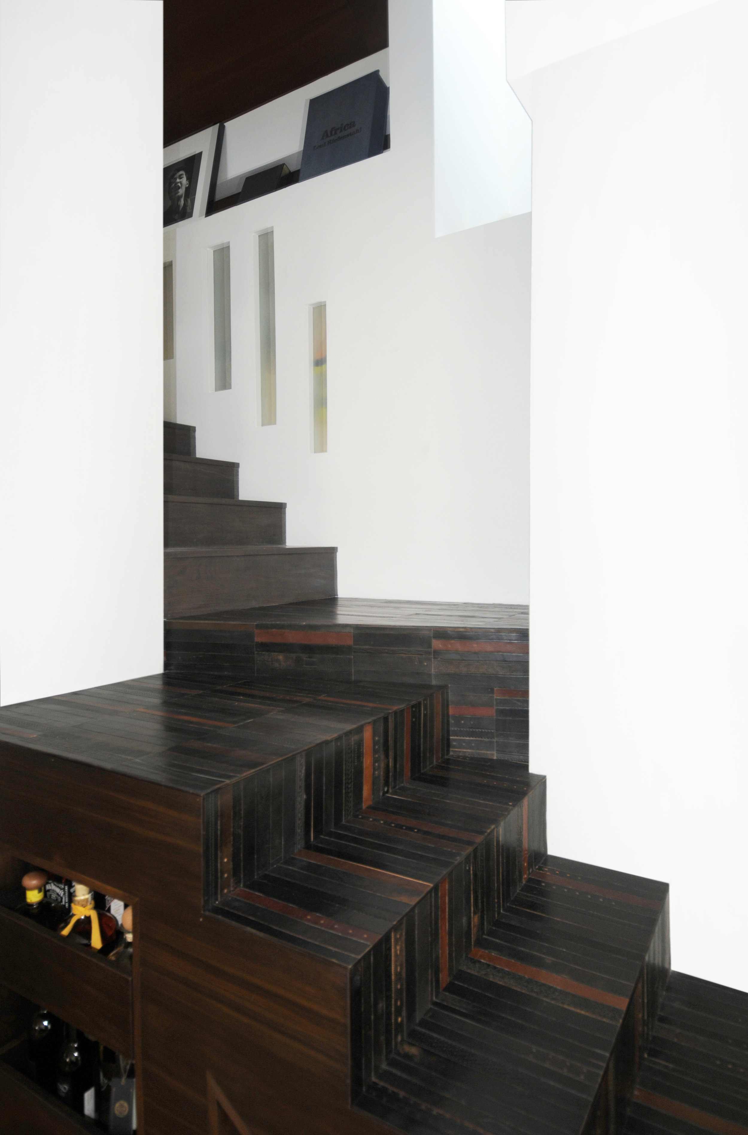 STAIR CASE - Hollywood