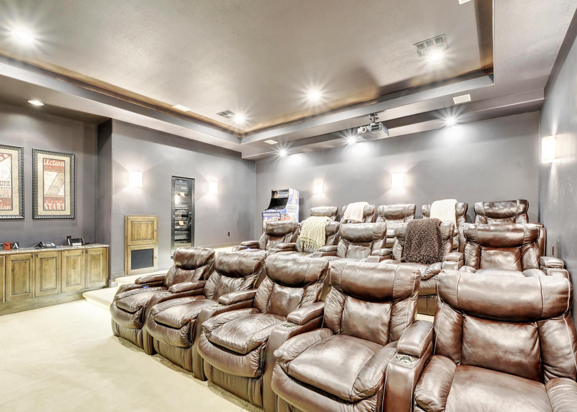 14300 Flat Top Ranch Road Media Room