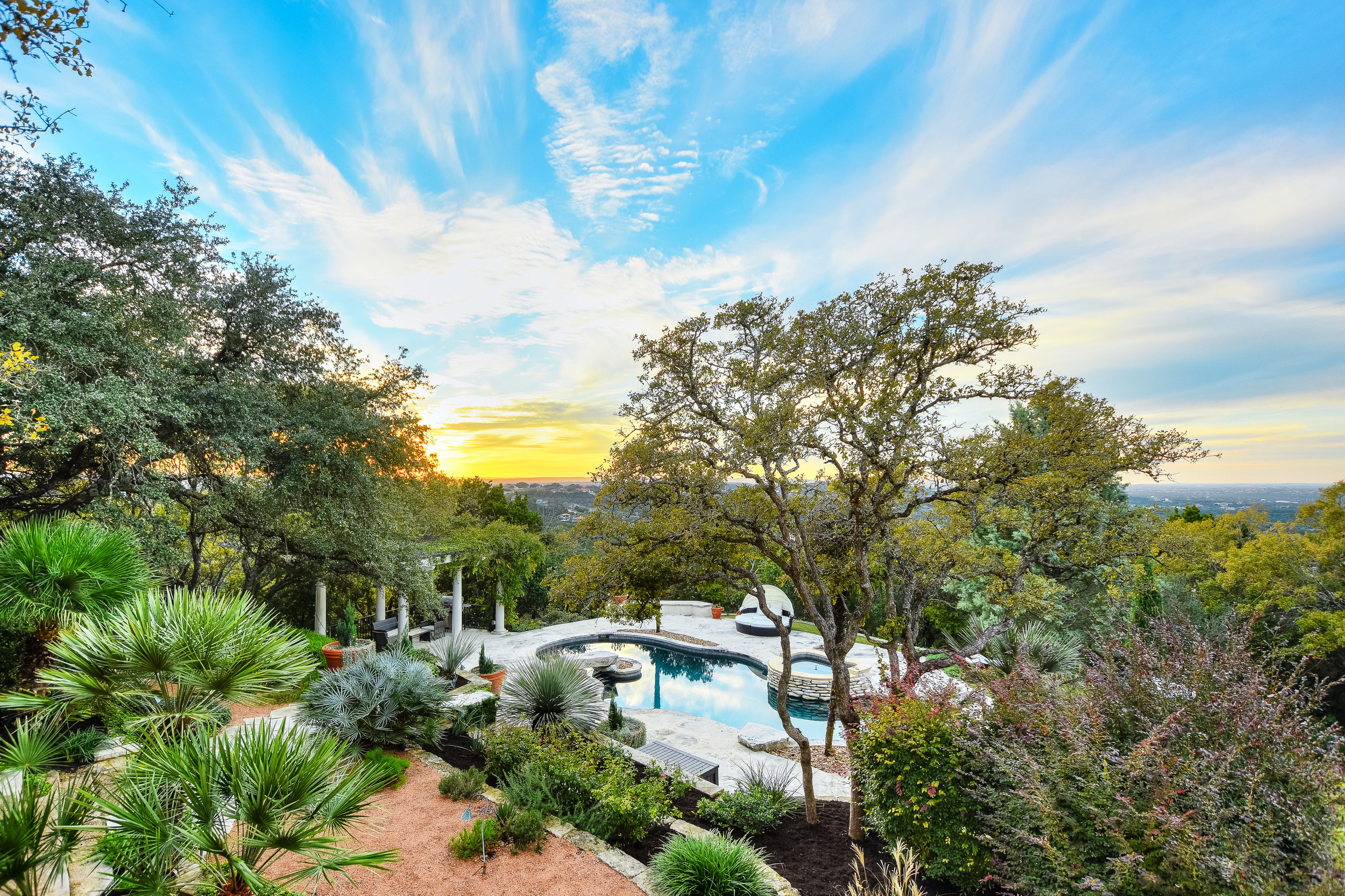 21 Hedge Lane Moreland Properties Austin Texas