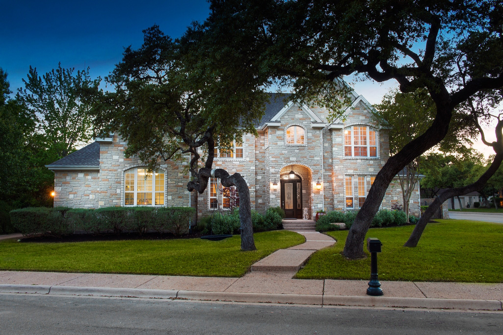 3116 Kittowa Cove | Sun 1-3 PM | $1,595,000 | Listed by Amy Deane