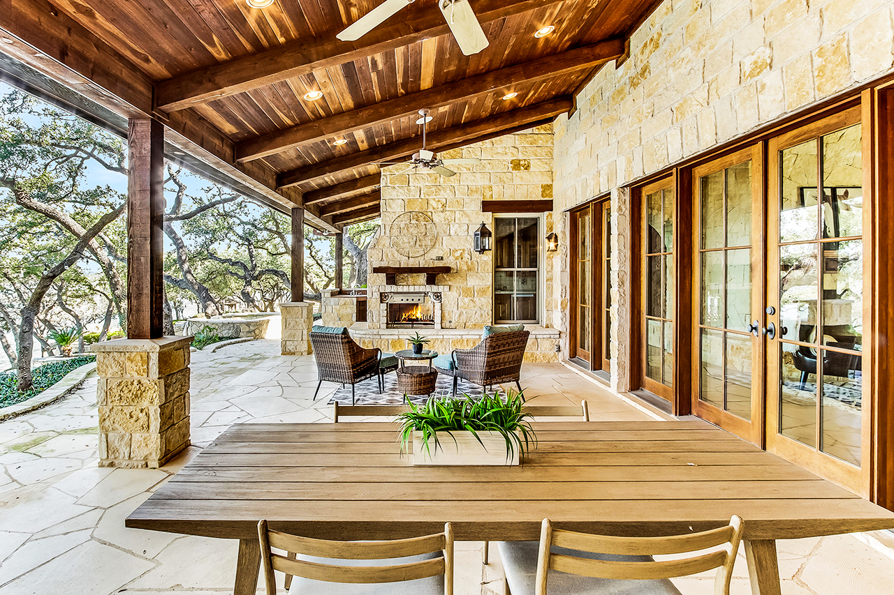 1219 Brooks Hollow Rd Austin-print-038-15-Patio-4200x2800-300dpi.jpg