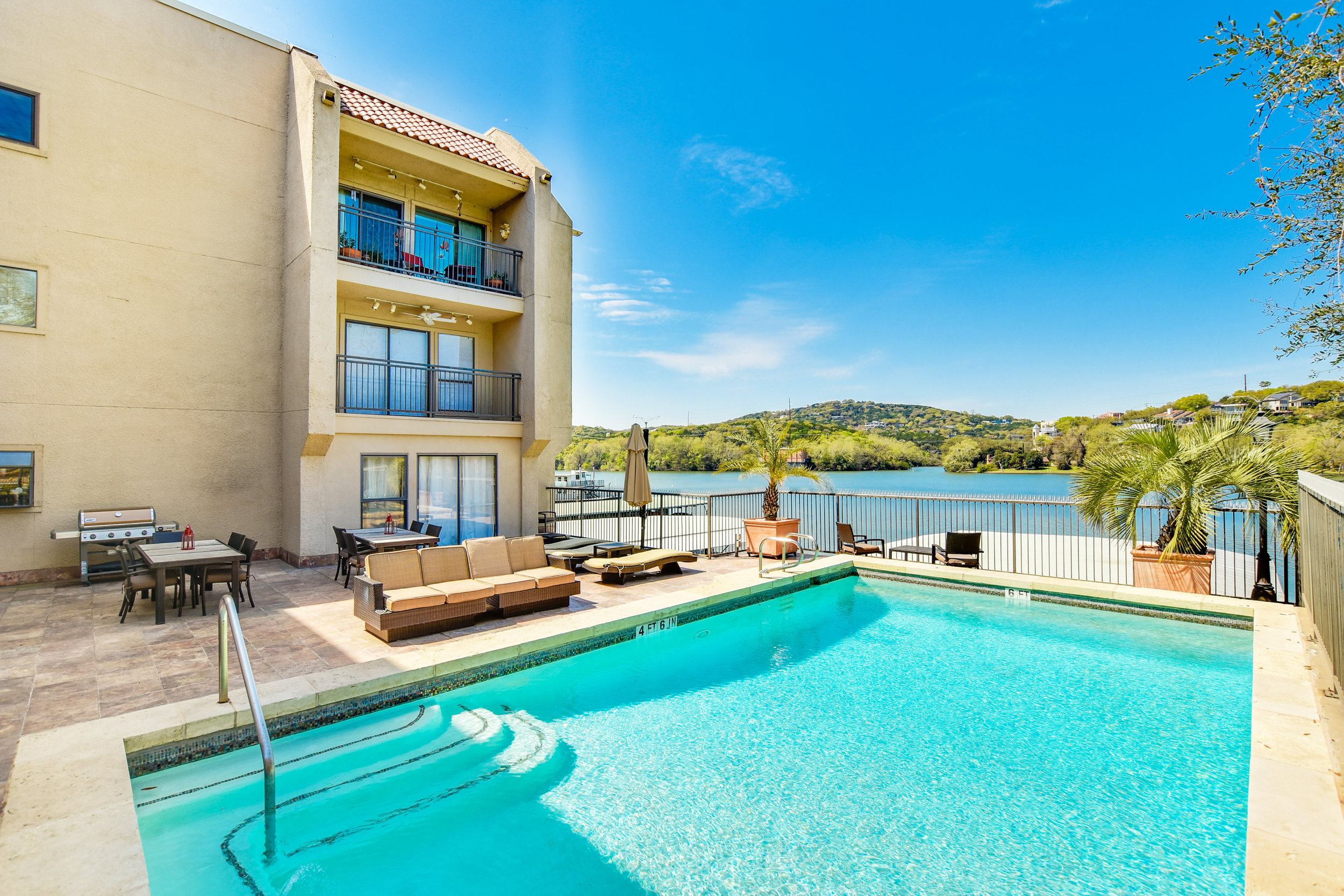 1500 Scenic Drive #305 | Sun 2-4 PM | $975,000 | Colleen Lockwood