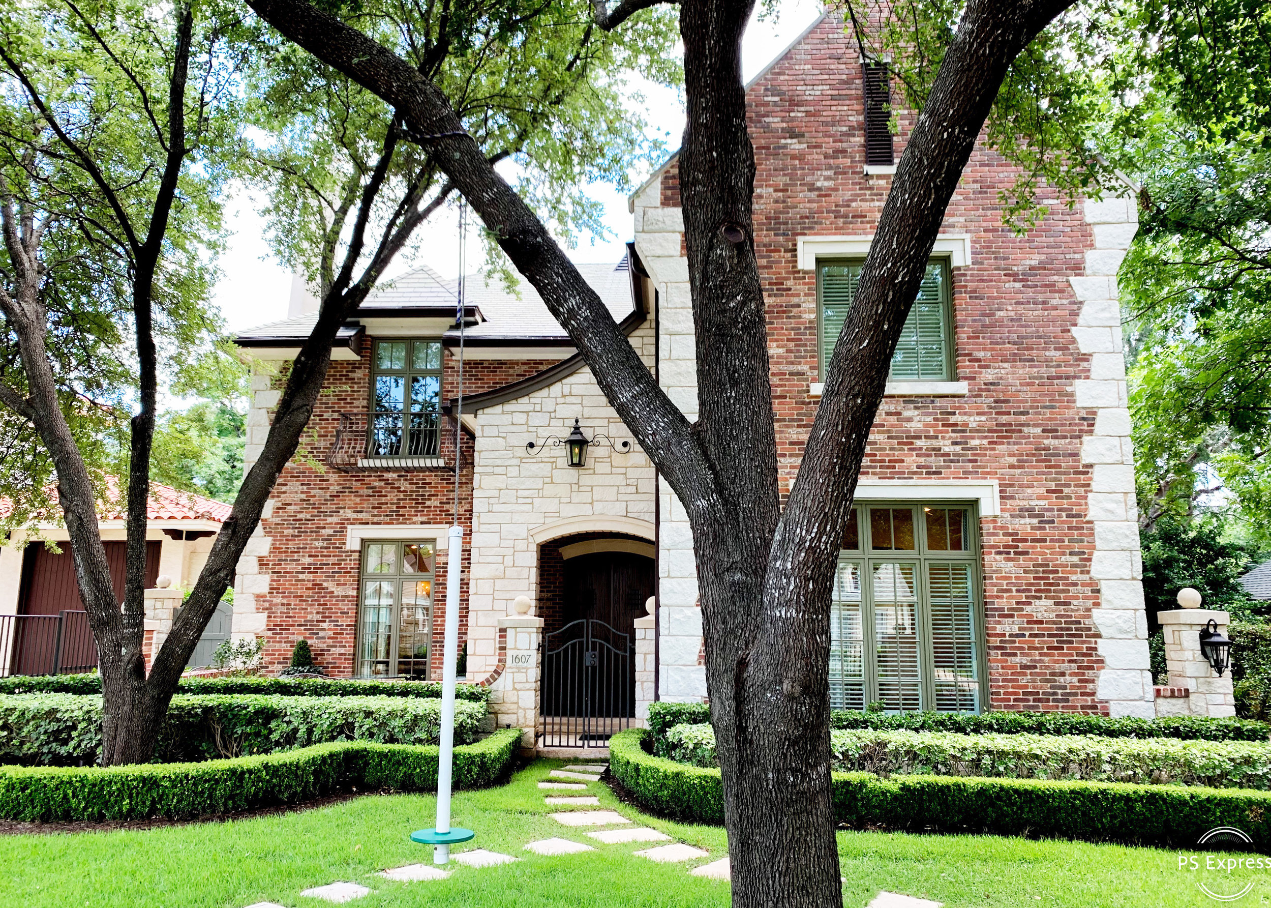 1607 Preston Avenue Moreland Properties