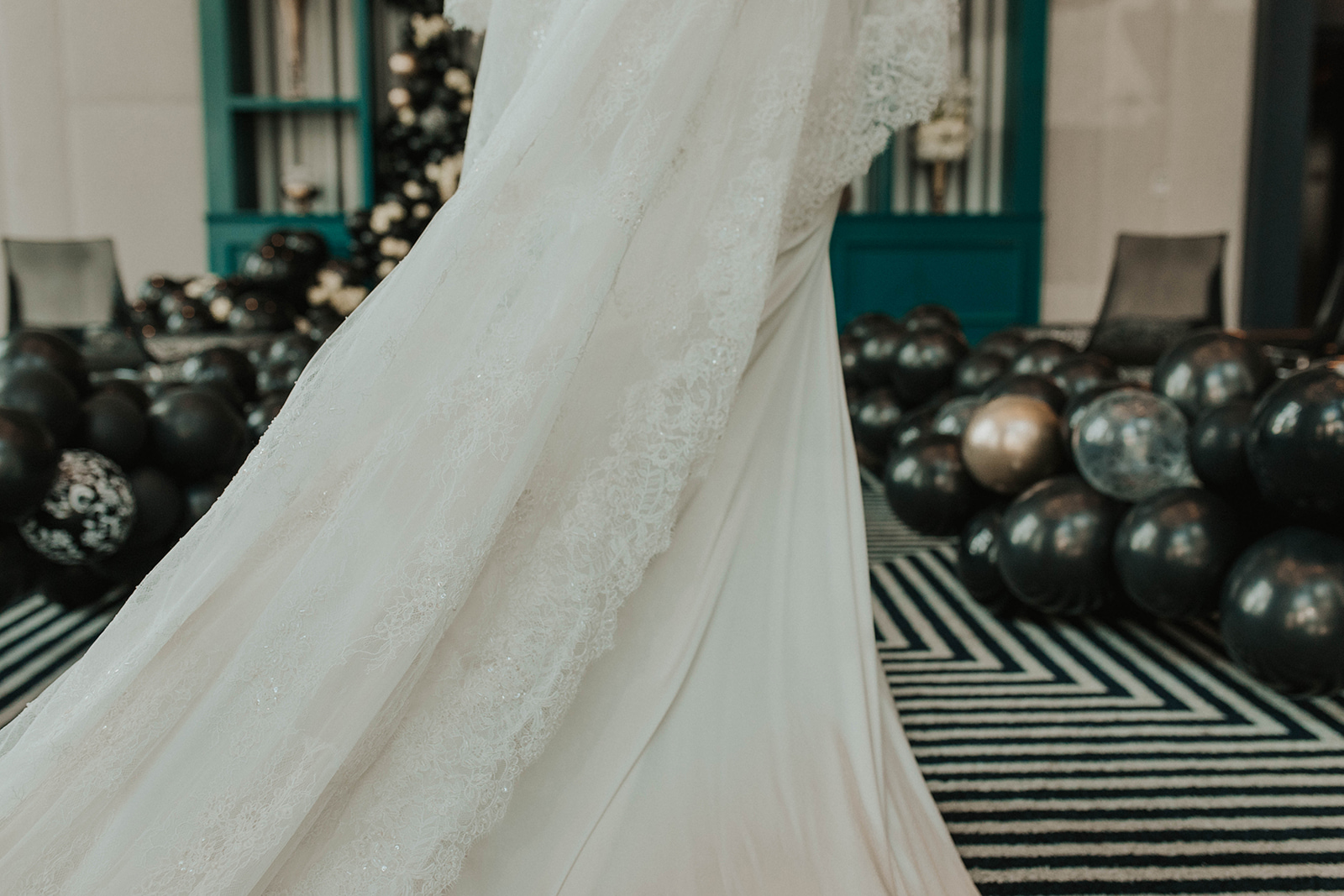 Amanda James Bridal NYE Art Deco Pant Cape Silk (20).jpg
