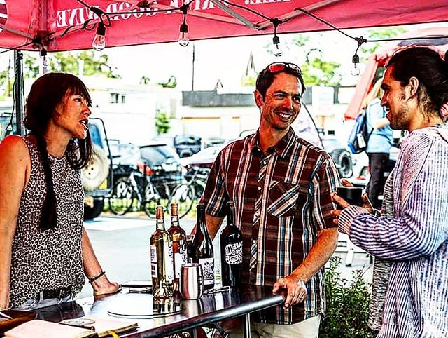 Is it wine time yet? We loved @buckelfamilywine's wines at @gearandbeerfestival. Their rosé is perfect for the hot summer days we  are experiencing here. Best of all? They are based in beautiful Crested Butte! . . . . . . . . . . . . . #buckelfamilywine #wine #winery #gearandbeerfestival #gearandbeerexpo #forluluevents #denver #coloradooutdoorrec #colorado #crestedbutte #coloradowine #winetime #roseallday #coloradomade