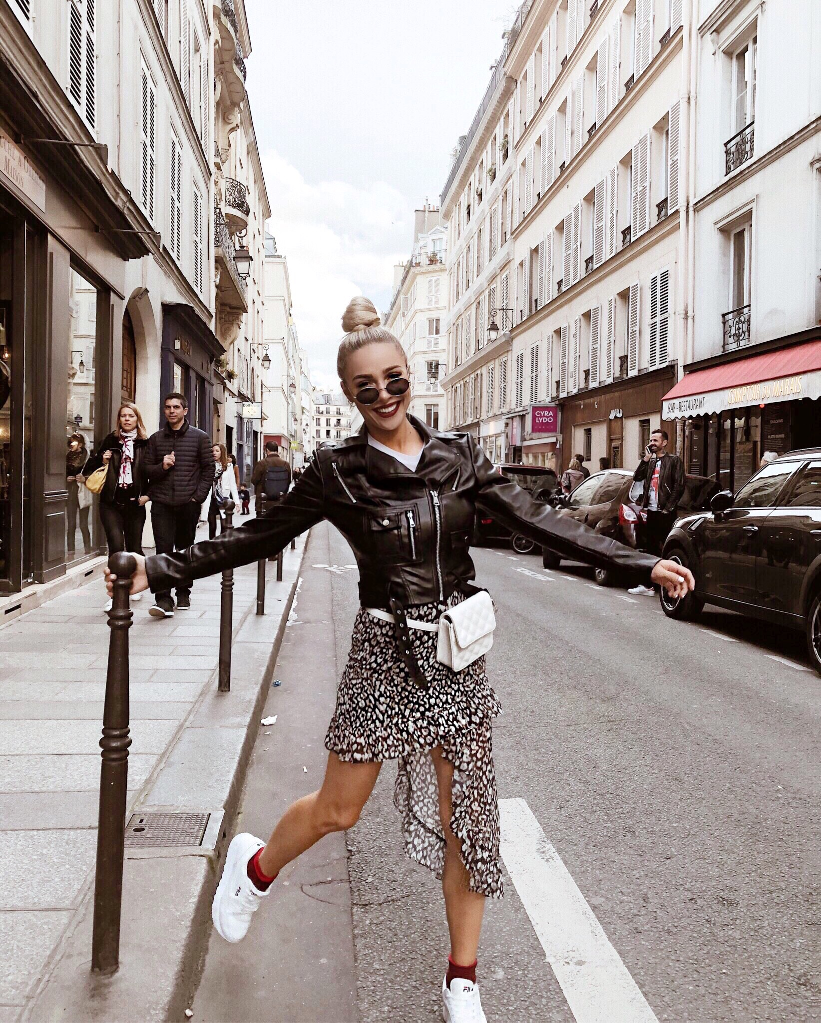 @thestyleseed posing in Paris, France on the street.