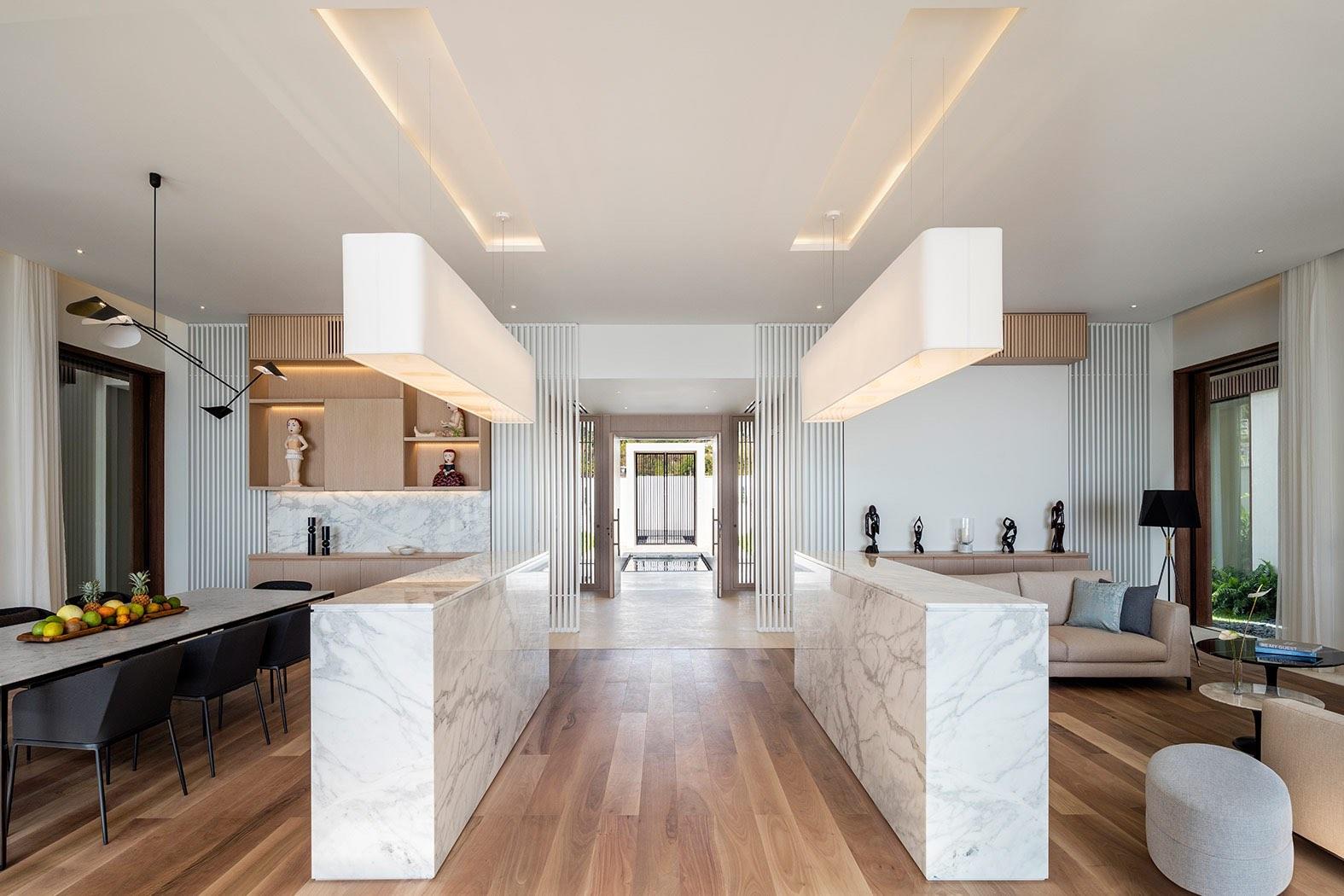 Silversands-Real-Estate-Beachfront-Villas-Gallery-2-5bfc69ecd7722.jpg