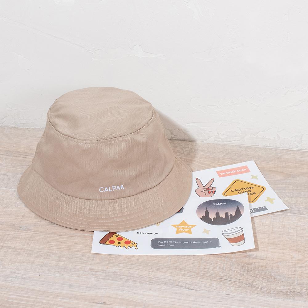 EVERYWHERE BUCKET HAT