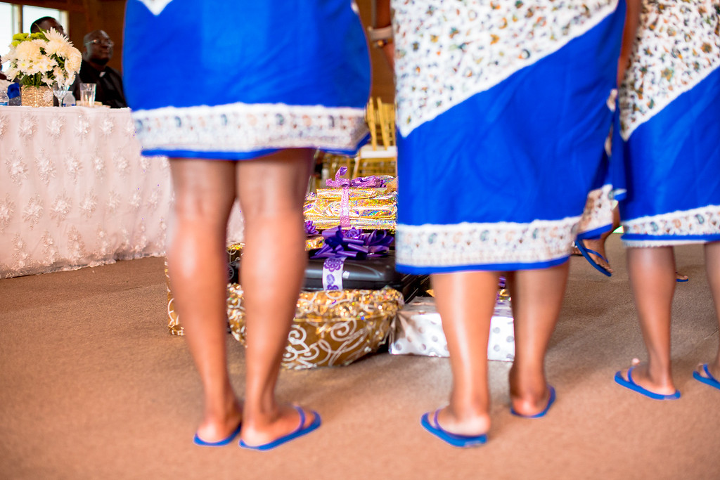 girls feet.jpg