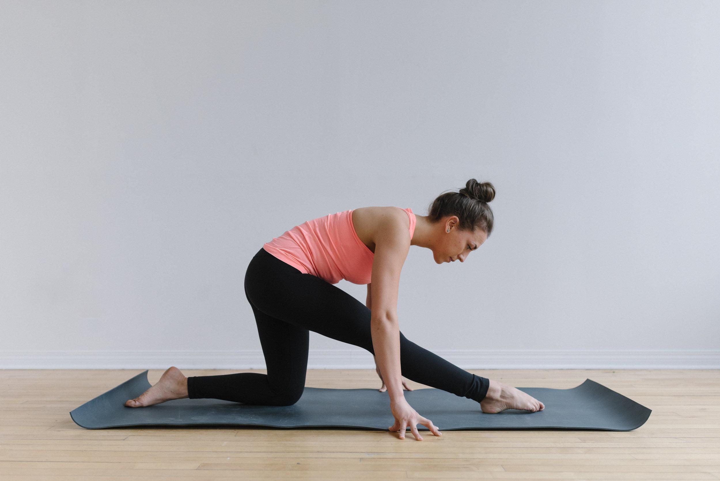 Sam D Squire | Yoga | Meditation | Splits | Yoga Pose | Yoga Sequence | At-Home Yoga