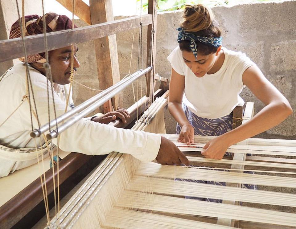 Mara Vera weaving