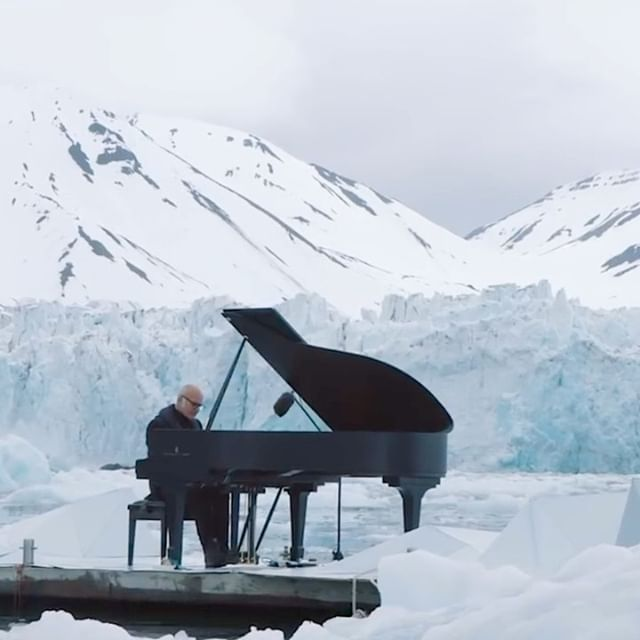 "Acclaimed Italian composer and pianist Ludovico Einaudi performs his composition ""Elegy for the Arctic"" on a floating platform in the icy waters of the Wahlenbergbreen glacier in Svalbard, Norway. .  Through his performance, Einaudi adds his voice to those of 8 million people across the world demanding protection for the Arctic from threats like oil drilling and destructive fishing. .  Video and images courtesy of @greenpeace.spain"