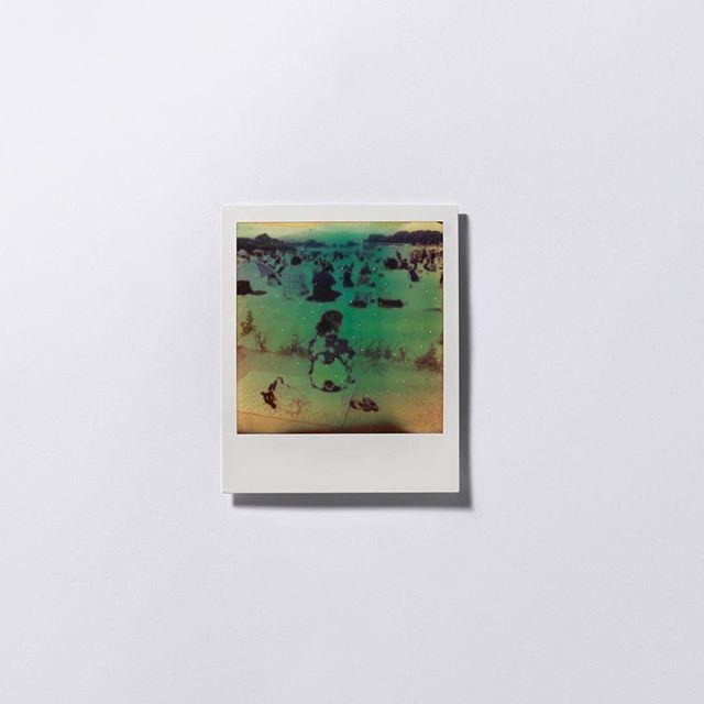【RAW Feature】 他不是刻意拍攝矚目事件,風格亦不屬新聞性,只是平淡地觀看福島民居,「我不過影自己想影的事」。因緣而生,上天似是早已為他準備。(Link in Bio)  #ProjectRAW #Art #Culture #photography #interview #creation #artist #projectrawhk #hongkong #rawfeature #fukushima #japan #polaroid #photobook #wongkantai #fineart #series #hongkongphotography #filmphotography #film #japanphoto #hongkongart #hongkongartist #hkig