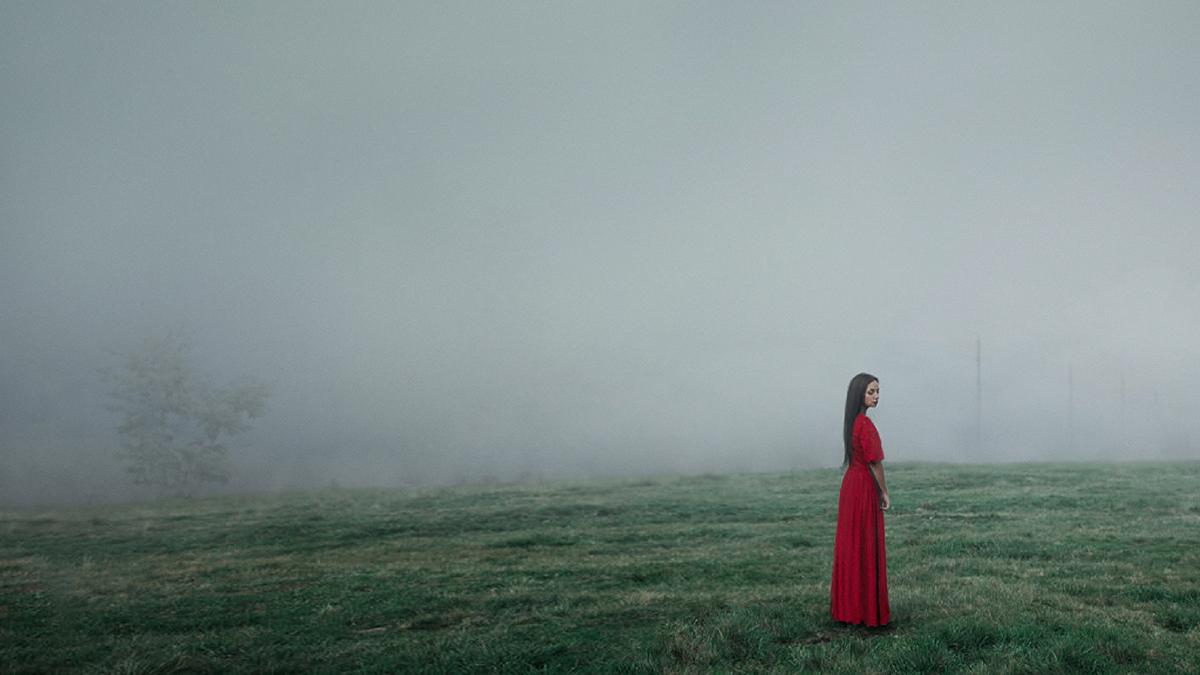 """©Serget Fett """"Девушка в красном"""""""
