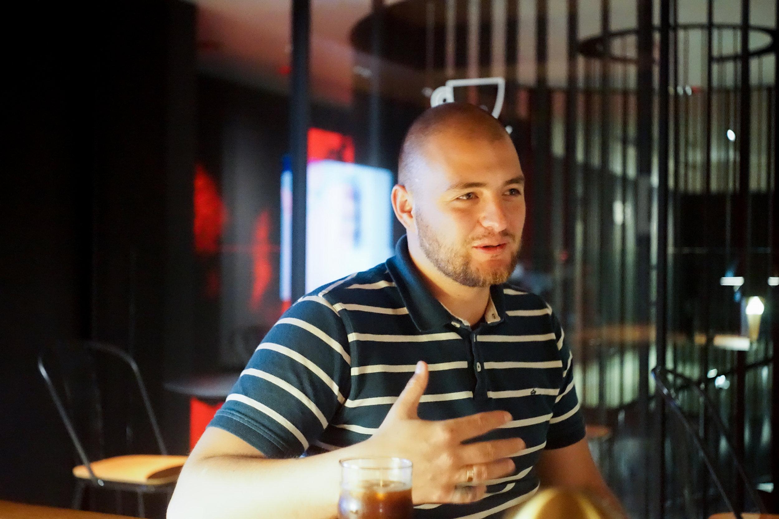 ▲ 時隔兩年再見面,Sergey仍是帶著他朗朗的笑聲,謙厚的臉容抹上一份穩重。