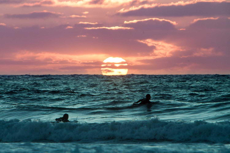 earthlinks trevor gerzen sunset ocean waves surfing friends water_1.jpg