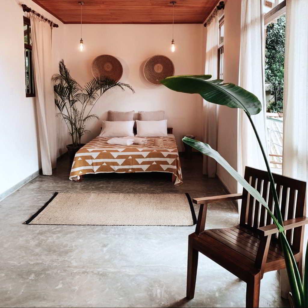 earthlinks srilanka room bed plants design hotel.jpg