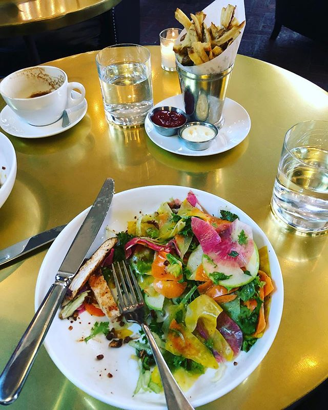 N U T R I T I O N ☕️🥗🍟 To cultivate a relationship with food that is rich in color and nutrients from a wide variety of animals, fish, plants, fruits, fats, and starchy tubers, while nourishing the body through the different rhythms of life and the female cycle. ☕️🥗🍟 Look at the beautiful colors in this salad! It tasted even better than it looks. The fries were delish, too. ☺️ While nourishing our bodies, we talked about masculine vs feminine energy relating to how we think, how we eat, and even how we choose the interior decor for a home. Nourishment for the mind and body happened yesterday. It was beautiful. ☕️🥗🍟 #birthfit #nutrition #connection #selflove #salad #fries #3artscafe