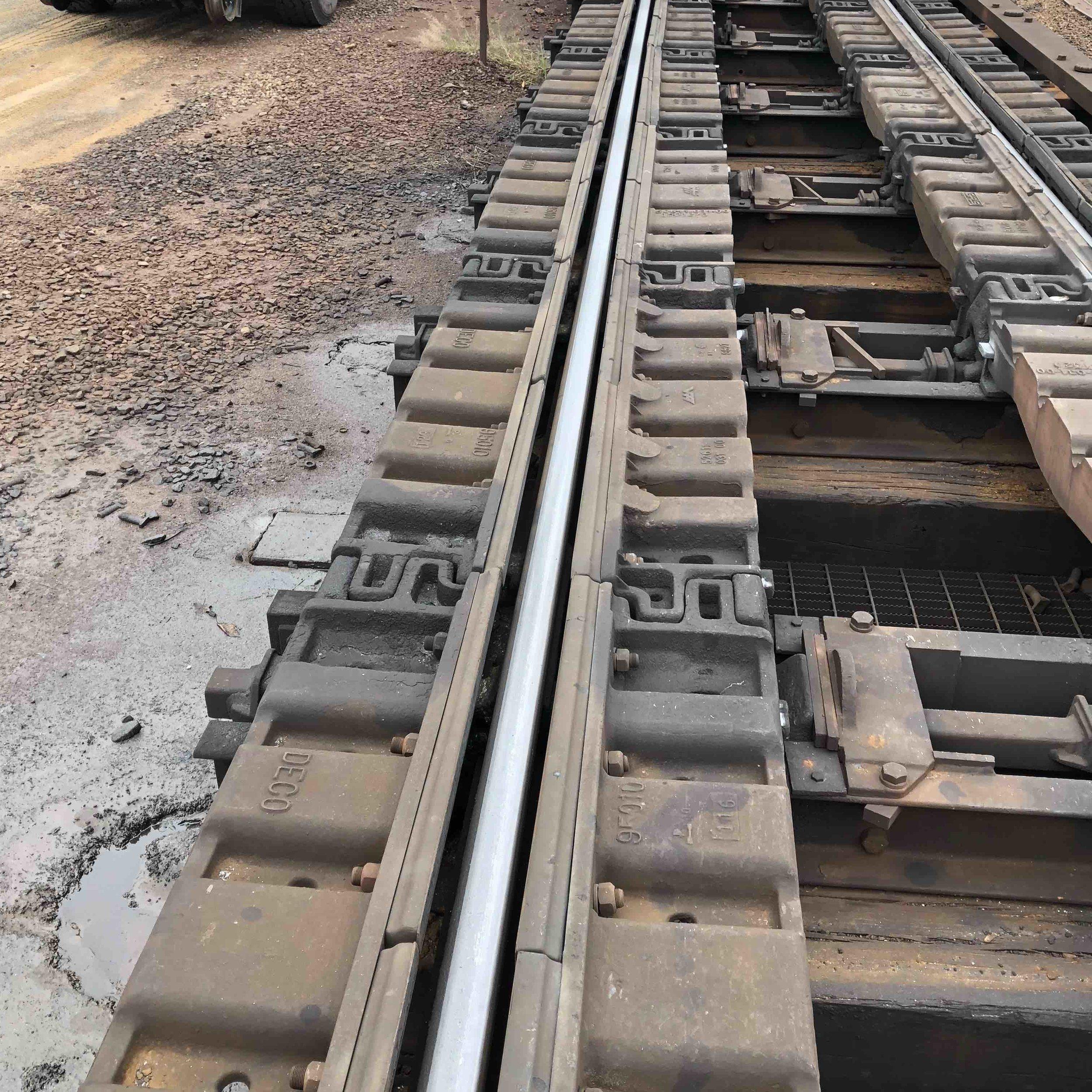 4x-track-maintenance-2.jpg