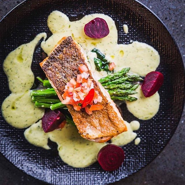 You don't need to swim the Atlantic for a beautiful piece of salmon 👌🏼 @martiniandcoplentyvalley