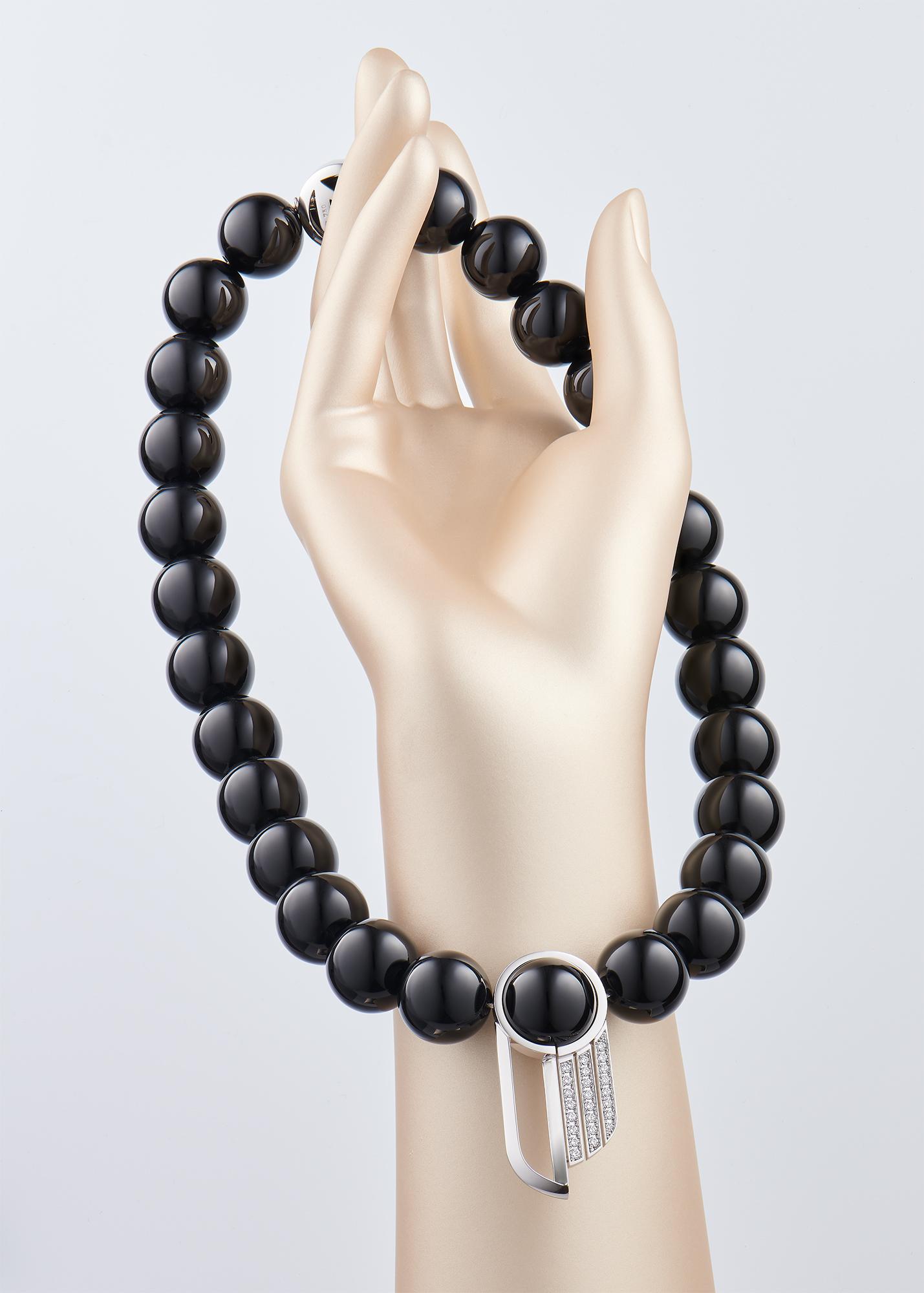 Collier inspiration Art Déco en perles onyx noir