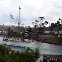 SV Rhona H transiting the Denison Canal on the way to Maria Island