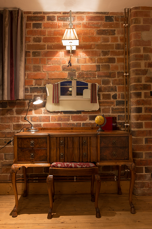 Downstairs097.jpg