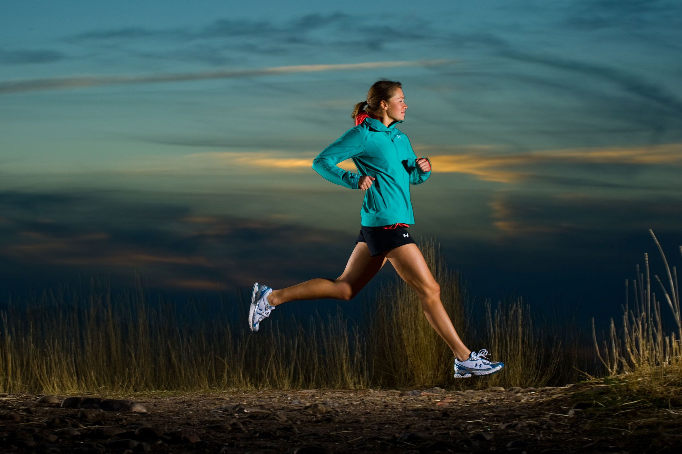 runner-air-night-1456841701.jpg
