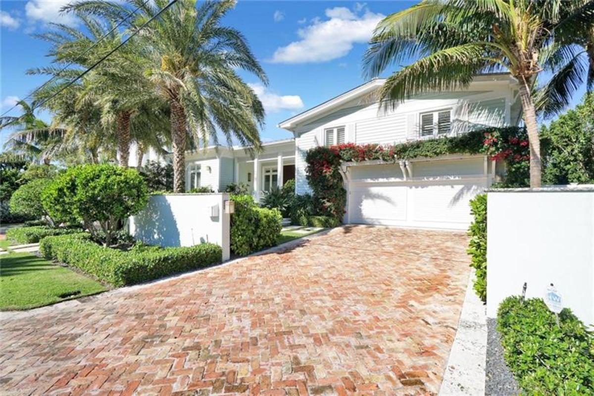 1605 Southeast 9th Street - $3,100,000