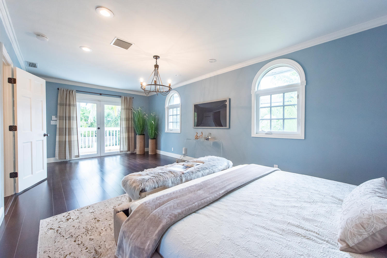 824 SE 8th St Fort Lauderdale-large-010-1-Master Bedroom-1499x1000-72dpi.jpg