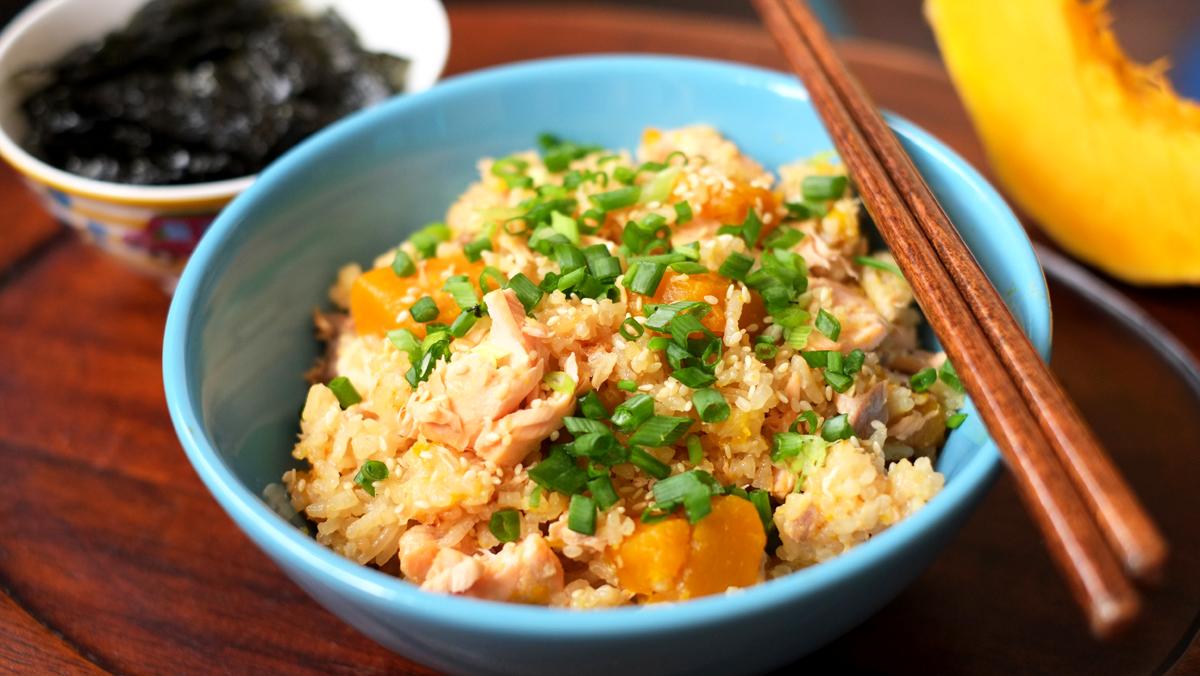 japanese-steamed-salmon-and-pumpkin-rice1.jpg