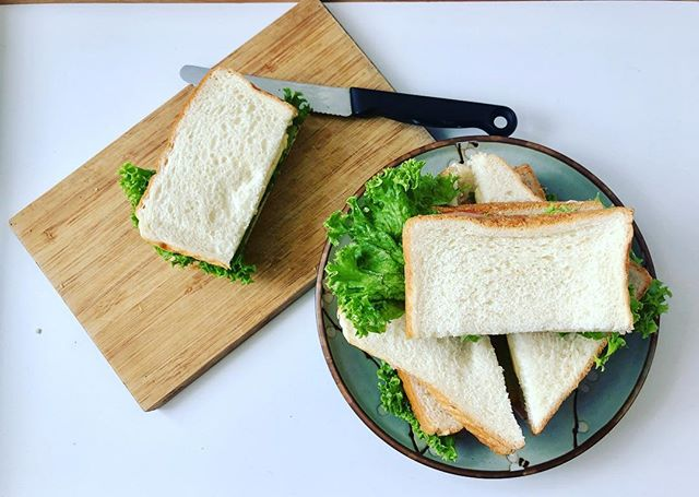 The weekend is finally here! ⁣ ⁣ Some fuss-free ham and cheese sandwiches for lunch today because mama is taking a break this rainy Friday. And I'm heading to the cinema for MY turn at Endgame tomorrow! 🤩🤩🤩⁣ ⁣⁣ #sgfoodporn #foodphotography #kitchenmissus #sgfoodblogger #foodie #easylunch #foodporn #instafood #sgfoodlover #thefeedfeed #foodblogger #delicious #yummy #foodpics #sandwichesofinstagram #hamandcheese